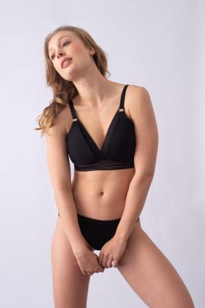 ProjectMe_Ambition_Triangle_Bra_Black_1000x