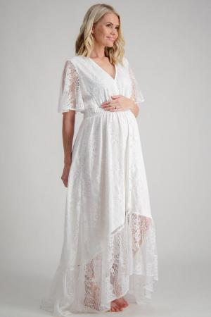 Maternity shoot dress the wanderer by maive and bo